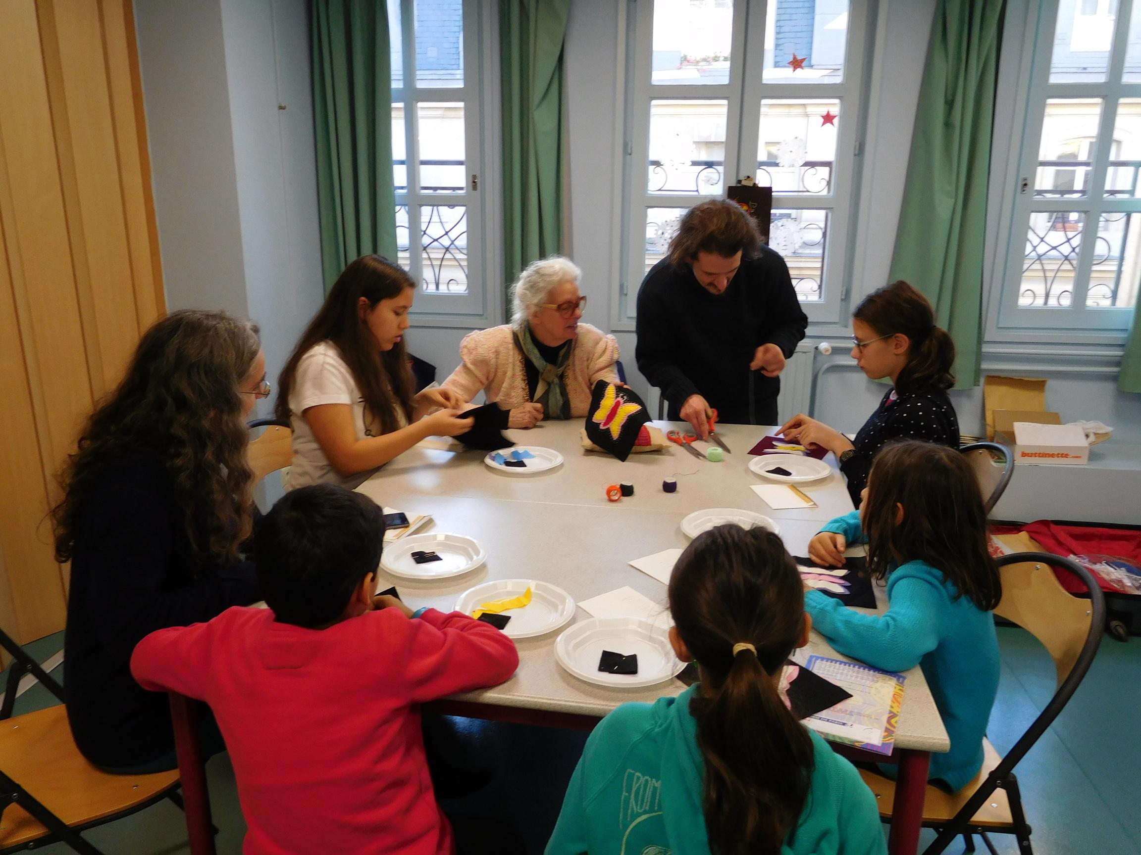 Atelier Jeunesse autour de lart de la Mola (image 1)
